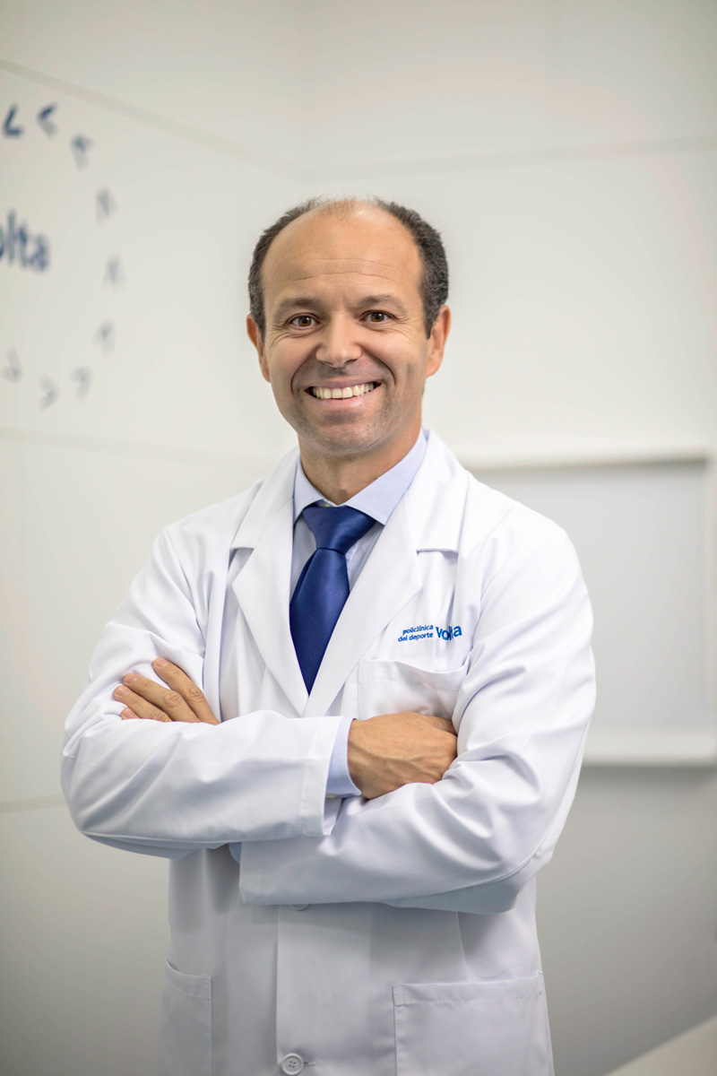 Dr. Alberto González Costea
