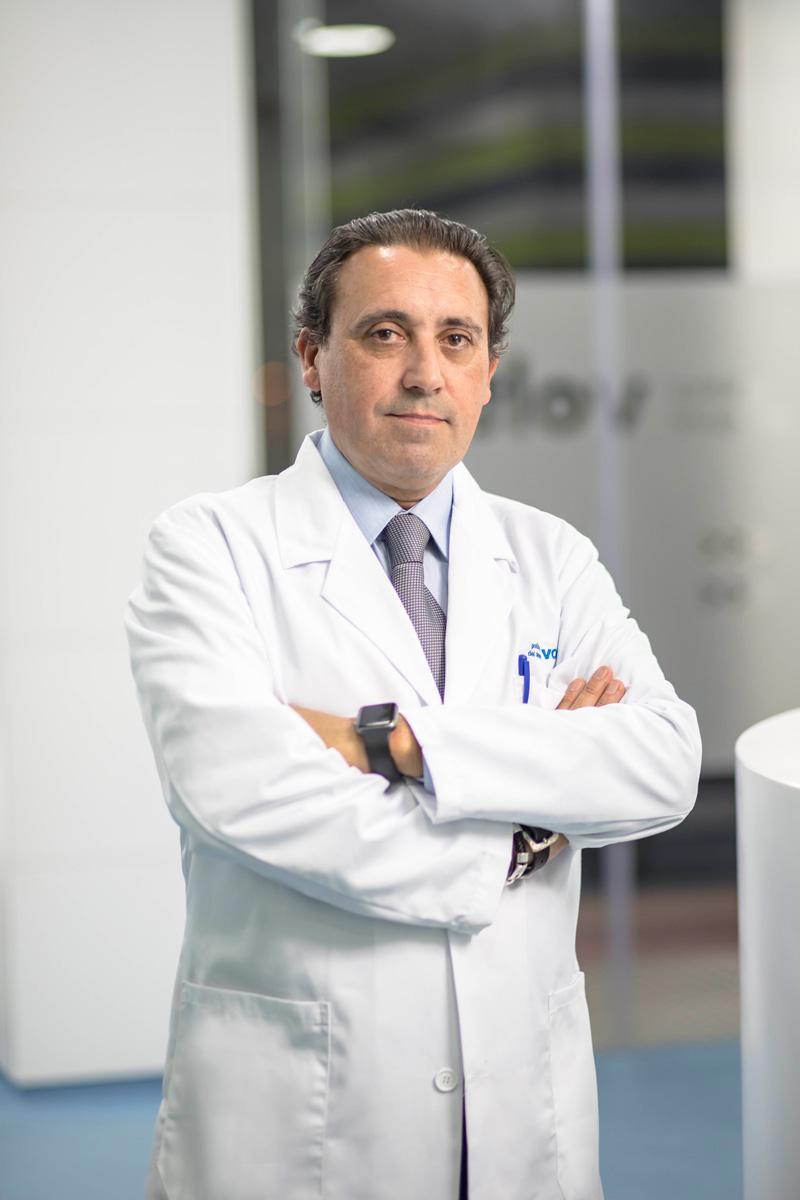 Dr. Enrique Borrás